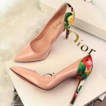 profeor sepatu dan baju