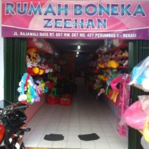 Rumah Boneka Zeehan
