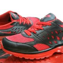 pemasaran sepatu