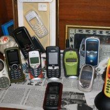 pratama handphone