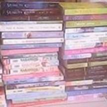 Ariyanti Bookstore