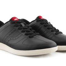 Sepatu Piero Delapan