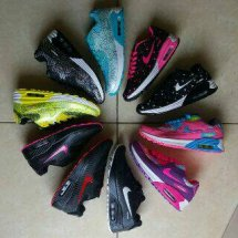 adit shoes