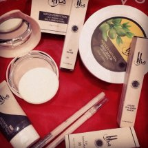MAZAYA syari cosmetics