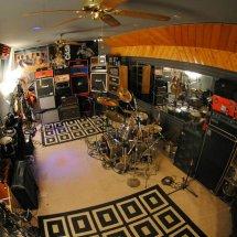 liontin's studio store