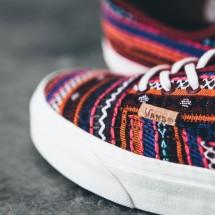 AgeunaSneakers