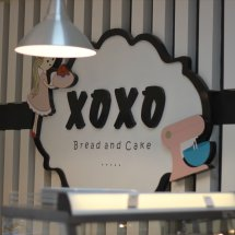 XOXO bread and cake