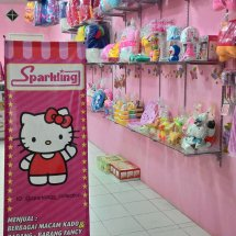 SPARKLING OUTLET