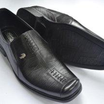 Sepatu Kulit Kita