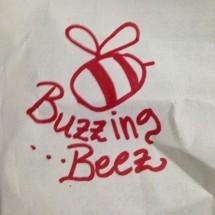 Buzzing beez