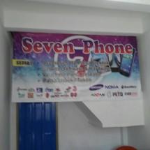 Seven Phone7