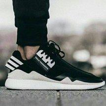 sneakers. id