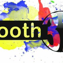 booth32