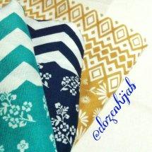 Dozen Hijab