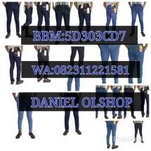 DANIEL OLSHOP