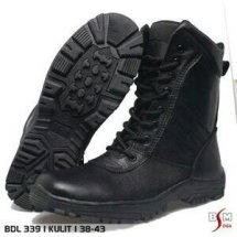 Devan Shoes