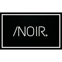 /Noir. Store