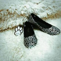 Black Panda Flatshoes