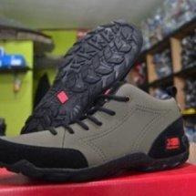 Sepatu Akuh
