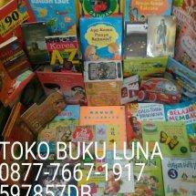 Toko Buku Luna