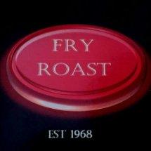 Logo FRY AND ROAST