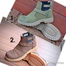 Three3 Footwear Store