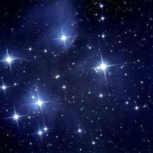 bintang 8 agustus