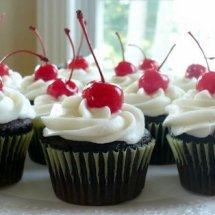 Brenda Home Made Cupcake