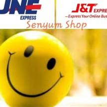 Logo Senyum shop's