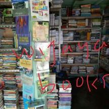 wijaya books Logo