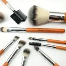 Brush Store7 Logo