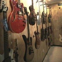Dewox Guitar Gallery