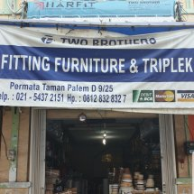 Fitting two brothers Logo