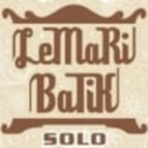 Lemari Batik Solo