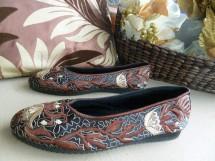 Sepatu Etnik Bordir