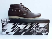 Sepatu Class Black