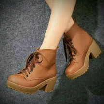 Clara Shoes