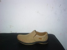 sepatu kulit surabay