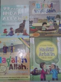 Rumah Buku Keluarga