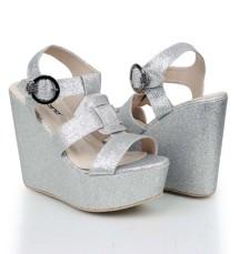 Sandal Wanita Vintage