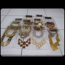 Bin accesories