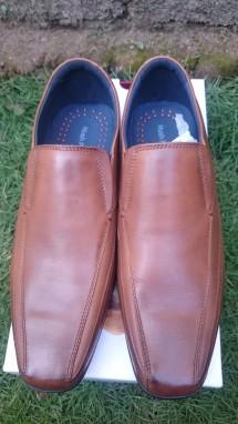 Iklan Sepatu