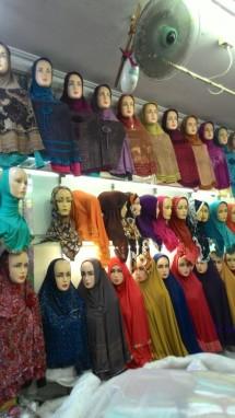 toko jilbab raya