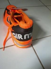 Ara Nike05