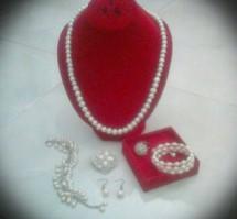 accesories mutiara