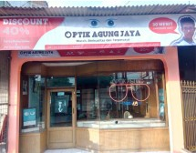 OPTIK AGUNG JAYA THREE