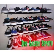 Dri Galeri Sepatu