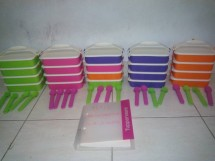 titis tupperware olshop