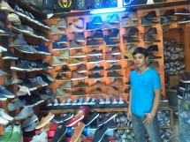 Sentra Sepatu Kickers