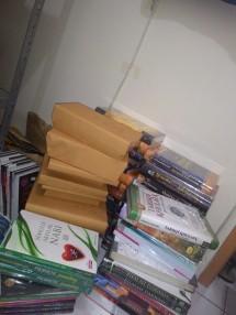 Dunia_Bukuku